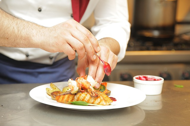 , Study Reveals Top Five Food Safety Mistakes Hospitality Staff Make