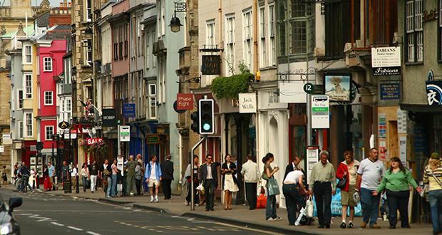 , High Street Footfall Declines In Every Region