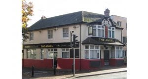 , Local Community Pub Reopens With Experienced Licensee In Southampton