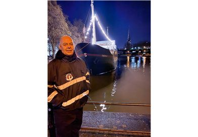 Thekla Doorman Recognised With Bravery Award For Lifesaving Harbour Rescue